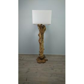 Lampen en kappen - Een houten boom maken ...